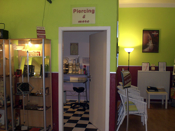 Wild cherry piercing studio in norderstedt c o hamburg for Piercing salon